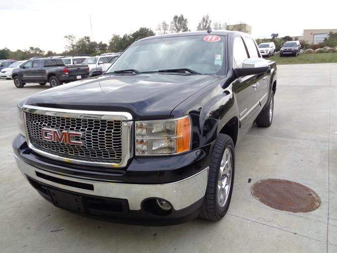 2011 gmc sierra 1500 sle 4x2 sle 4dr crew cab 5 8 ft sb for sale in lake charles louisiana. Black Bedroom Furniture Sets. Home Design Ideas