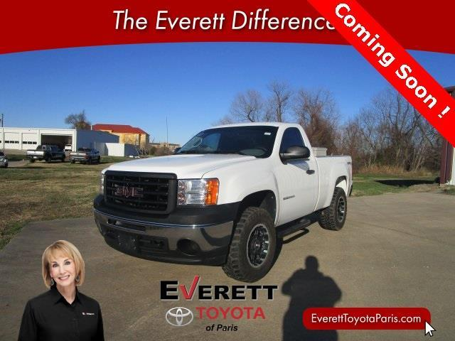 2011 gmc sierra 1500 work truck 4x4 work truck 2dr regular cab 6 5 ft sb for sale in paris. Black Bedroom Furniture Sets. Home Design Ideas
