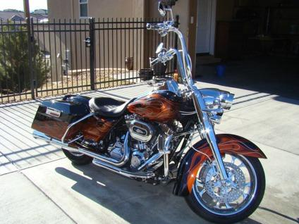 2011 Harley-Davidson Touring ROAD KING CLASSIC ONE