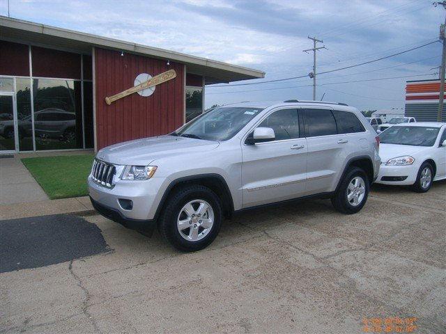 Auto Sales In Newport Ar: 2011 Jeep Grand Cherokee Laredo For Sale In Newport