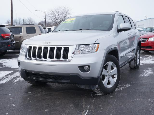 2011 jeep grand cherokee laredo muncie in for sale in muncie indiana. Cars Review. Best American Auto & Cars Review