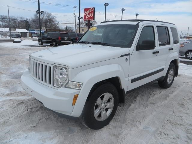 2011 jeep liberty 4x4 sport 4dr suv for sale in wyoming michigan classified. Black Bedroom Furniture Sets. Home Design Ideas