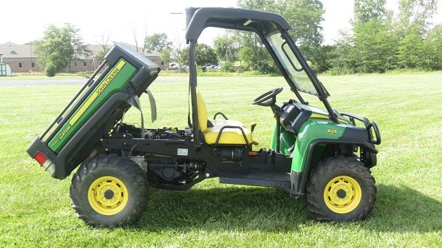 2011 john deere gator 825i for sale in howard ohio classified. Black Bedroom Furniture Sets. Home Design Ideas