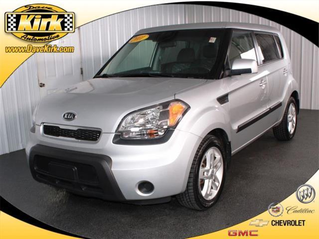 2011 Kia Soul + + 4dr Wagon 5M