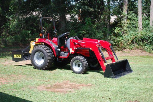 2011 mahindra 3016 with loader - $14000 (jay)