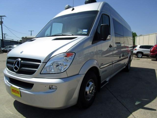 2011 mercedes benz airstream interstate lounge edition for Mercedes benz airstream interstate