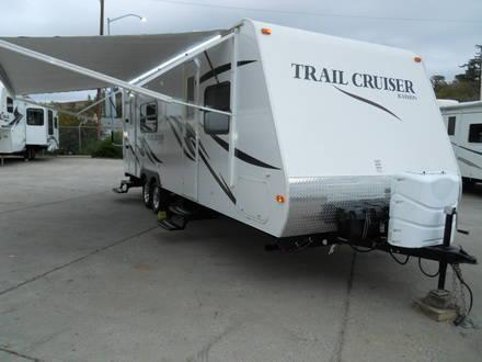 2011 Monaco R Vision Trail Cruiser 26rk W Slide Trailer