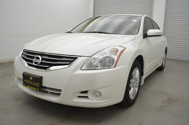 2011 Nissan Altima 2.5 2.5 4dr Sedan