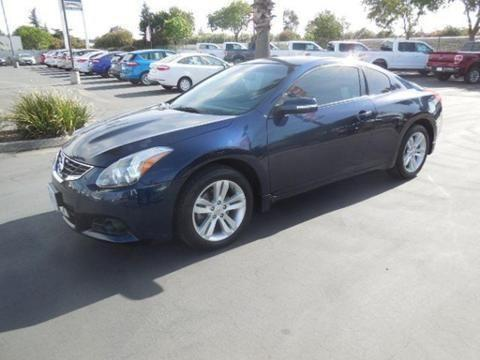 2011 nissan altima 2 door coupe for sale in corning california classified. Black Bedroom Furniture Sets. Home Design Ideas