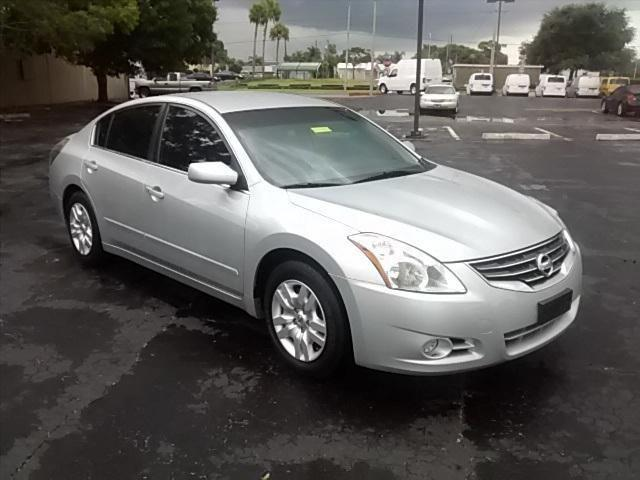 2011 nissan altima 4d sedan 2 5 s for sale in titusville. Black Bedroom Furniture Sets. Home Design Ideas