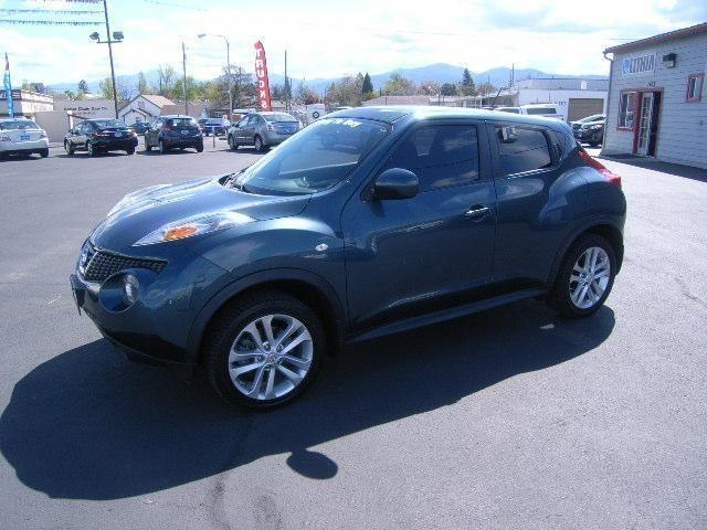 2011 nissan juke 4dr all wheel drive for sale in medford oregon classified. Black Bedroom Furniture Sets. Home Design Ideas