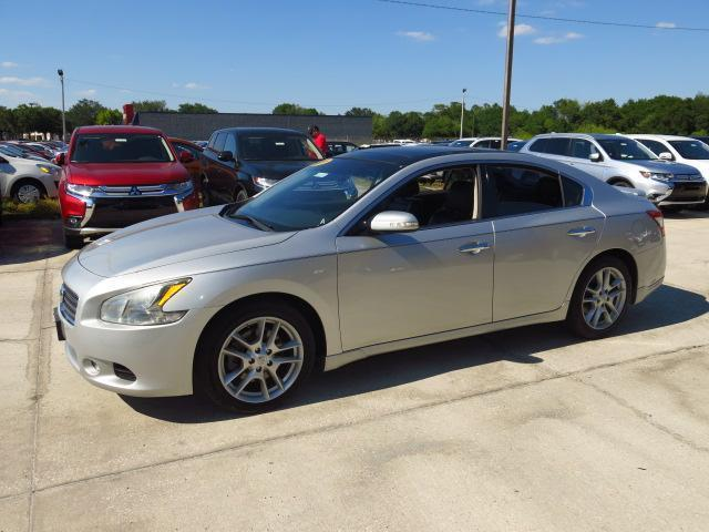 2011 nissan maxima 3 5 sv 3 5 sv 4dr sedan for sale in lakeland florida classified. Black Bedroom Furniture Sets. Home Design Ideas