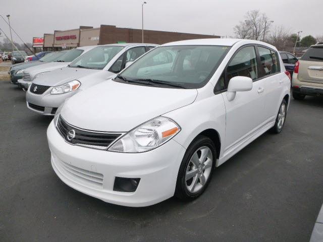 2011 nissan versa bowling green ky for sale in bowling green kentucky classified. Black Bedroom Furniture Sets. Home Design Ideas