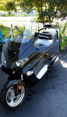 2011 Roketa 250cc scooter