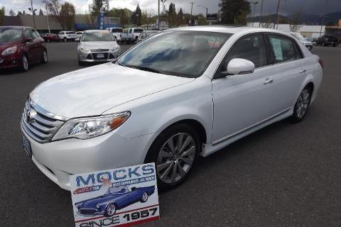 2011 toyota avalon 4 door sedan for sale in grants pass oregon classified. Black Bedroom Furniture Sets. Home Design Ideas