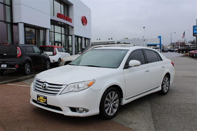2011 toyota avalon limited limited 4dr sedan for sale in seattle washington classified. Black Bedroom Furniture Sets. Home Design Ideas