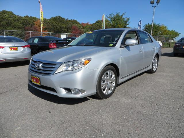 2011 toyota avalon limited oakdale ny for sale in oakdale new york classified. Black Bedroom Furniture Sets. Home Design Ideas