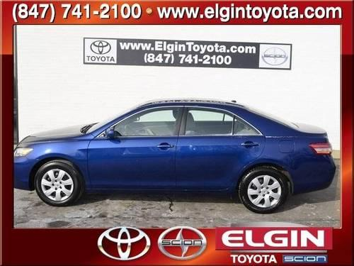 2011 toyota camry 4 door sedan le for sale in elgin illinois classified. Black Bedroom Furniture Sets. Home Design Ideas