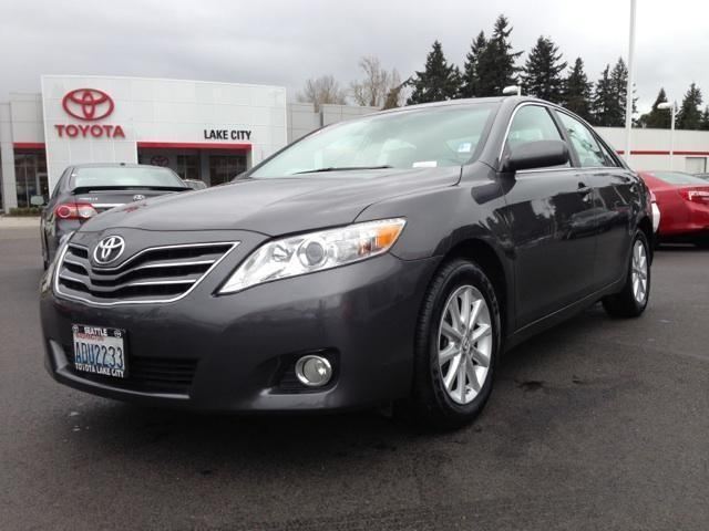 2011 toyota camry 4 door sedan xle for sale in seattle washington classified. Black Bedroom Furniture Sets. Home Design Ideas