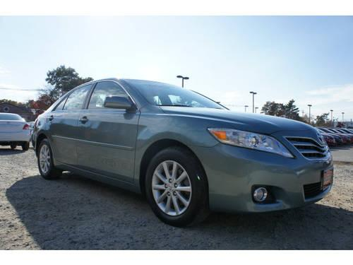 2011 toyota camry 4 dr sedan xle v6 for sale in raynham. Black Bedroom Furniture Sets. Home Design Ideas