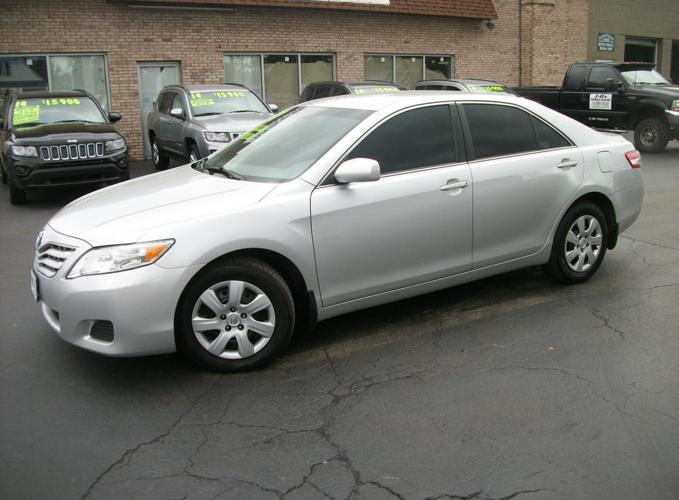2011 toyota camry base 6 spd at for sale in lockport new for Master motors lockport ny