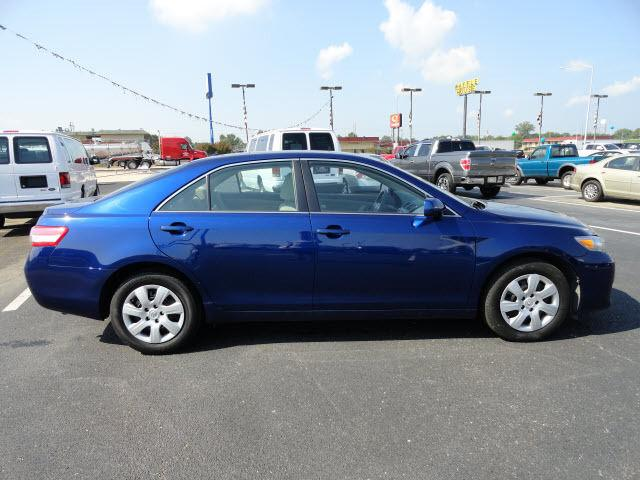 2011 toyota camry le for sale in west memphis arkansas classified. Black Bedroom Furniture Sets. Home Design Ideas