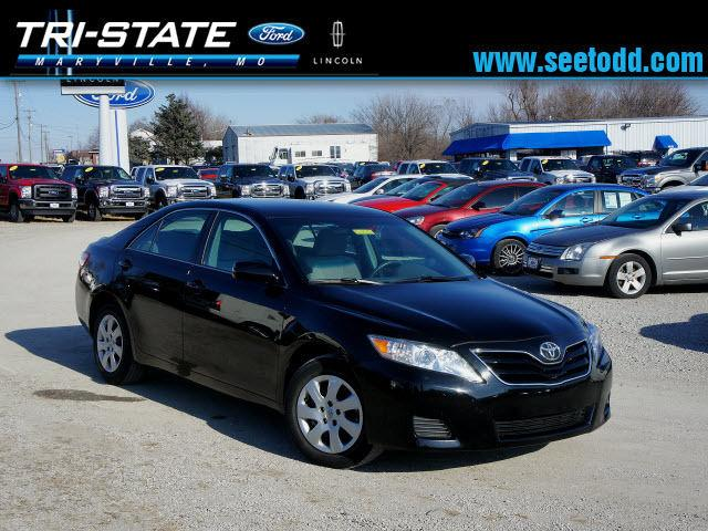 2011 toyota camry le for sale in maryville missouri classified. Black Bedroom Furniture Sets. Home Design Ideas