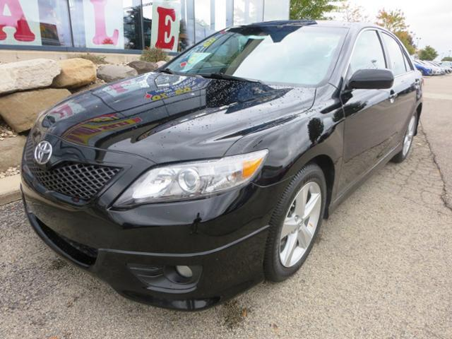 2011 toyota camry se madison wi for sale in madison wisconsin classified. Black Bedroom Furniture Sets. Home Design Ideas