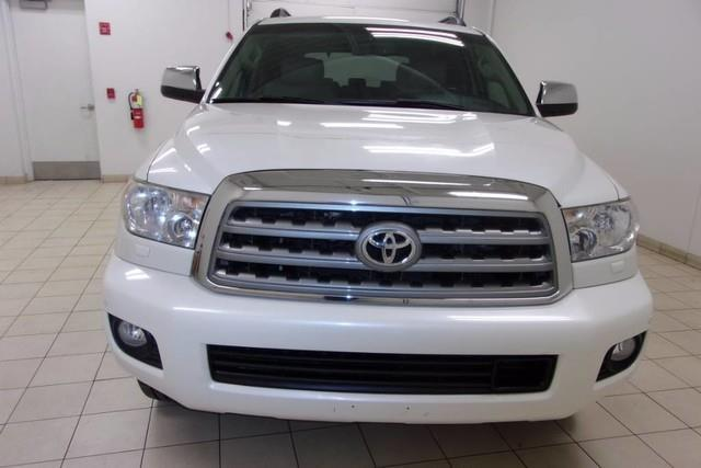 2011 toyota sequoia platinum 4x4 platinum 4dr suv 5 7l v8. Black Bedroom Furniture Sets. Home Design Ideas