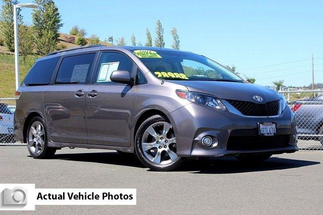 2011 toyota sienna se vallejo ca for sale in vallejo. Black Bedroom Furniture Sets. Home Design Ideas