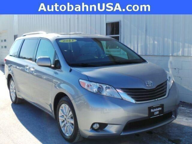 2011 toyota sienna xle for sale in westborough massachusetts classified. Black Bedroom Furniture Sets. Home Design Ideas