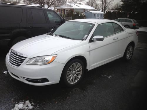 2011 chrysler 200 limited convertible for sale in old bridge new jersey classified. Black Bedroom Furniture Sets. Home Design Ideas