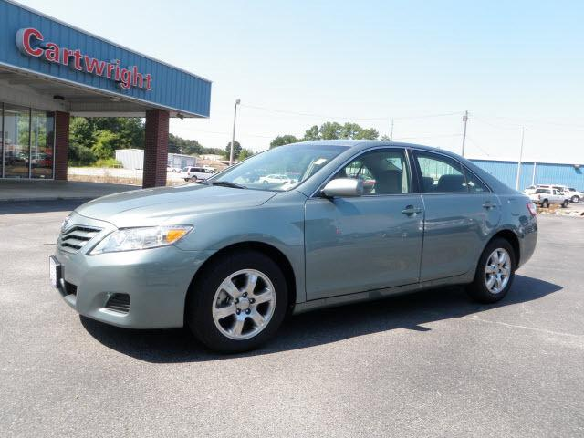 2011 toyota camry le for sale in booneville mississippi classified. Black Bedroom Furniture Sets. Home Design Ideas