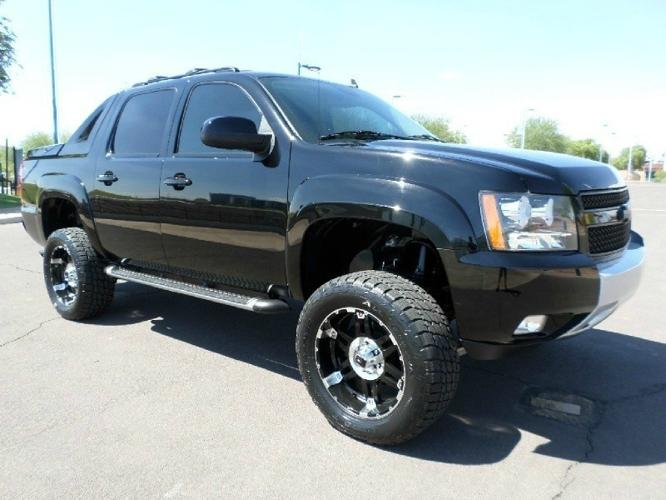 2012 chevrolet avalanche 4x4 lt lifted wheels tires 1 owner carfax certified for sale in mesa. Black Bedroom Furniture Sets. Home Design Ideas