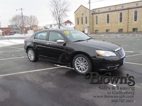 2012 chrysler 200 4 door sedan for sale in guttenberg iowa classified. Black Bedroom Furniture Sets. Home Design Ideas