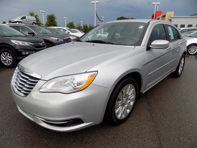 2012 chrysler 200 lx lx 4dr sedan for sale in clarksville. Black Bedroom Furniture Sets. Home Design Ideas