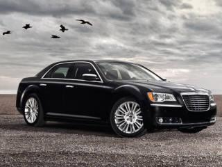 2012 Chrysler 300 4dr Sdn V8 Luxury Series Rwd For Sale In
