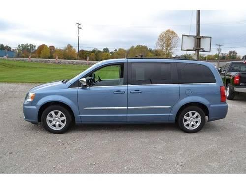 2012 chrysler town country minivan 4dr wgn touring l for sale in blooming grove ohio. Black Bedroom Furniture Sets. Home Design Ideas