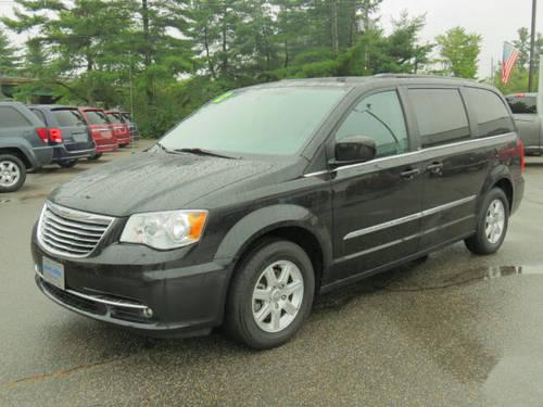 2012 chrysler town and country mini van touring for sale in newington new hampshire classified. Black Bedroom Furniture Sets. Home Design Ideas