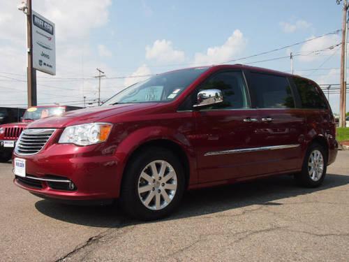 2012 Chrysler Town And Country Mini Van Touring L W Nav