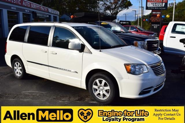 2012 chrysler town and country touring touring 4dr mini van for sale in nashua new hampshire. Black Bedroom Furniture Sets. Home Design Ideas