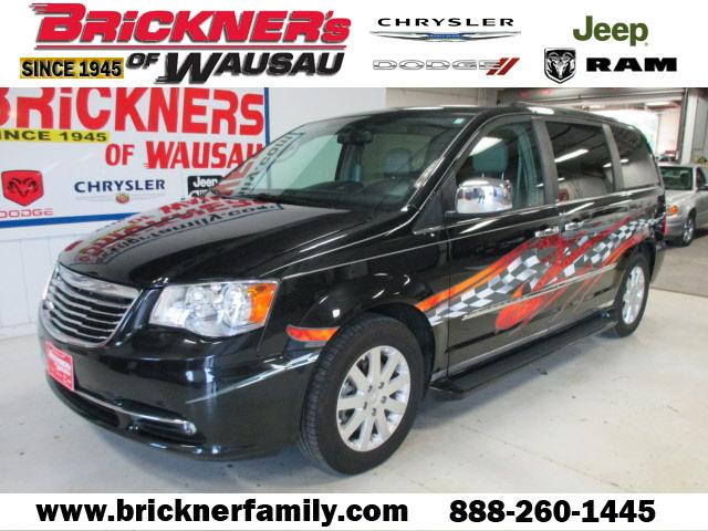 2012 Chrysler Town & Country Touring-L Wausau, WI