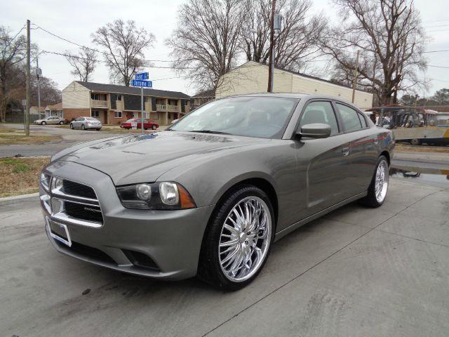 2012 dodge charger 1 owner 22inch chrome rims super nice for sale in norfolk virginia. Black Bedroom Furniture Sets. Home Design Ideas