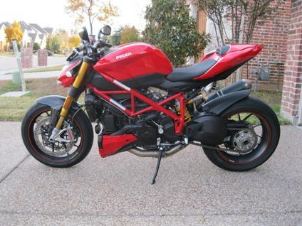 2012 Ducati StreetFighter S Red Superspor