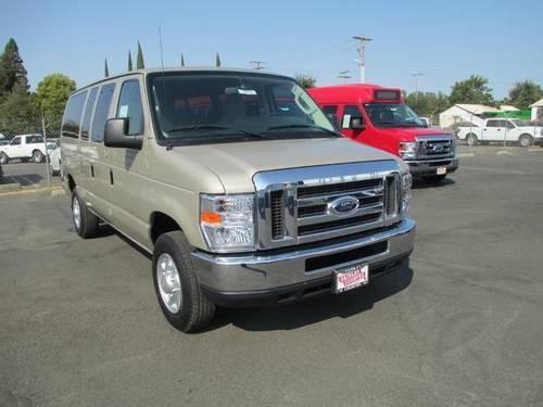 Ford Super Duty E350 Passenger Van