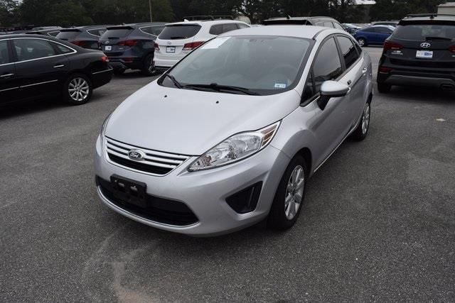 2012 Ford Fiesta SE SE 4dr Sedan