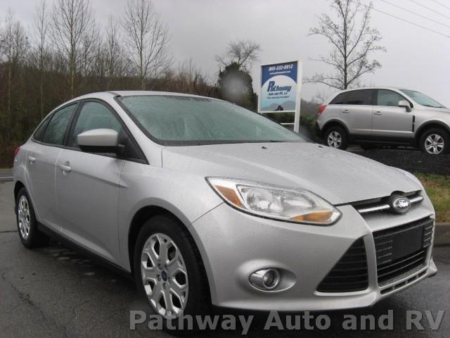 2012 ford focus se sedan for sale in lenoir city tennessee classified. Black Bedroom Furniture Sets. Home Design Ideas