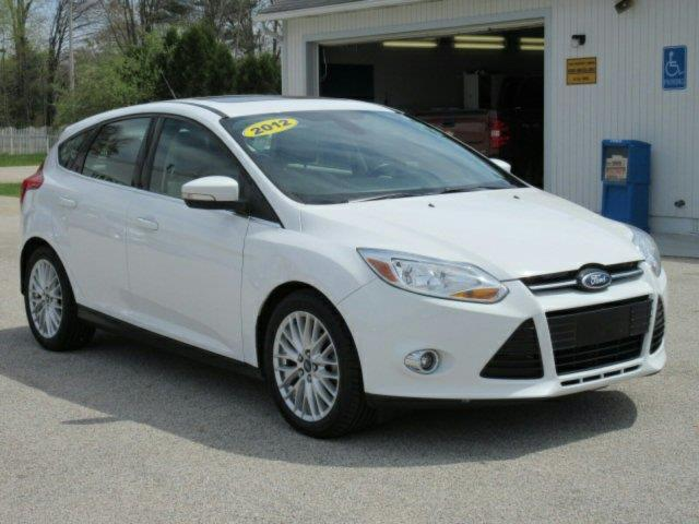 2012 ford focus sel sel 4dr hatchback for sale in meskegon michigan classified. Black Bedroom Furniture Sets. Home Design Ideas