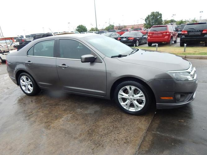 2012 ford fusion se se 4dr sedan for sale in norman oklahoma classified. Black Bedroom Furniture Sets. Home Design Ideas