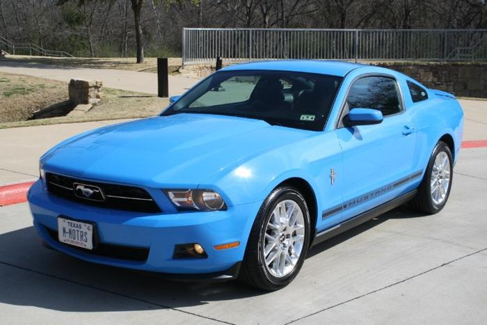 2012 ford mustang 2dr cpe v6 premium for sale in mansfield texas classified. Black Bedroom Furniture Sets. Home Design Ideas